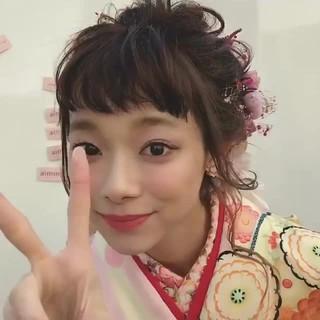 ミディアム アンニュイほつれヘア 結婚式 ヘアアレンジ ヘアスタイルや髪型の写真・画像