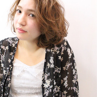 外国人風 ニュアンス 色気 上品 ヘアスタイルや髪型の写真・画像