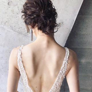 フェミニン 結婚式 ヘアアレンジ ナチュラル ヘアスタイルや髪型の写真・画像