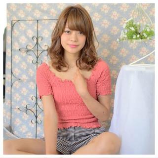 簡単ヘアアレンジ ロング 前髪あり ガーリー ヘアスタイルや髪型の写真・画像