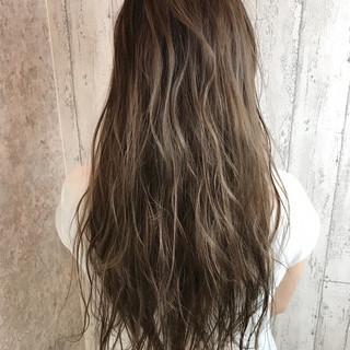 ヘアアレンジ フェミニン デート 涼しげ ヘアスタイルや髪型の写真・画像