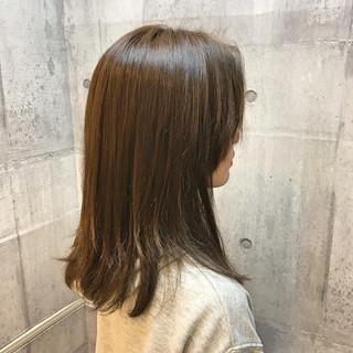 イルミナカラー ナチュラル ハイライト 外国人風カラー ヘアスタイルや髪型の写真・画像