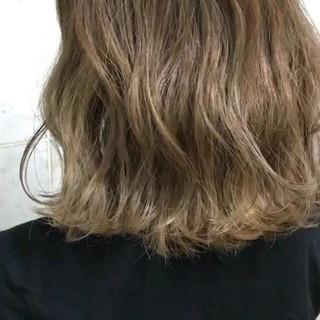 ヘアアレンジ アンニュイ ナチュラル ウェーブ ヘアスタイルや髪型の写真・画像