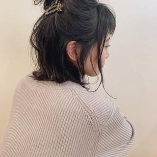 大人かわいい 切りっぱなしボブ アンニュイほつれヘア 簡単ヘアアレンジ ヘアスタイルや髪型の写真・画像