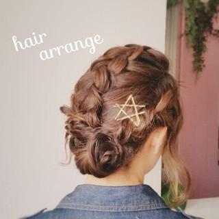 セミロング 簡単ヘアアレンジ ナチュラル ショート ヘアスタイルや髪型の写真・画像
