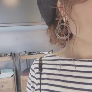 簡単ヘアアレンジ セミロング お団子 帽子アレンジ ヘアスタイルや髪型の写真・画像 ヘアスタイルや髪型の写真・画像