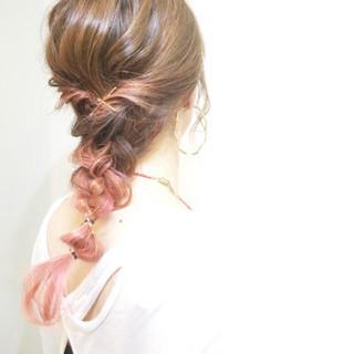 ヘアアレンジ ハイトーン セミロング 簡単ヘアアレンジ ヘアスタイルや髪型の写真・画像