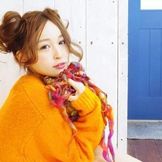 お団子 簡単ヘアアレンジ デート ガーリー ヘアスタイルや髪型の写真・画像
