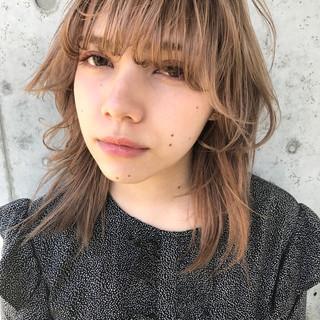 ウルフカット ミディアム ストリート マッシュ ヘアスタイルや髪型の写真・画像 ヘアスタイルや髪型の写真・画像