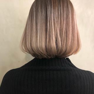 ヘアアレンジ ボブ フェミニン ゆるふわ ヘアスタイルや髪型の写真・画像