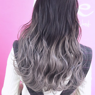 ハイトーンカラー グラデーションカラー 外国人風 ロング ヘアスタイルや髪型の写真・画像 ヘアスタイルや髪型の写真・画像