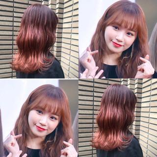 ミディアム ヘアカラー イルミナカラー 巻き髪 ヘアスタイルや髪型の写真・画像