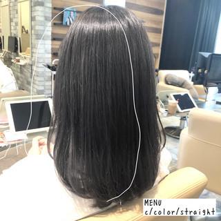 グレージュ セミロング 前髪 ナチュラル ヘアスタイルや髪型の写真・画像