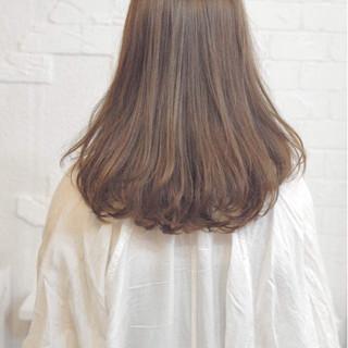 ロブ アッシュ ハイライト ワンカールパーマ ヘアスタイルや髪型の写真・画像