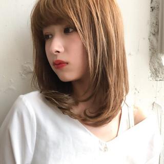 ミディアム フェミニン 前髪 大人ミディアム ヘアスタイルや髪型の写真・画像
