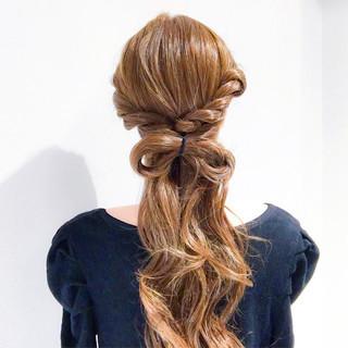 ショート フェミニン アウトドア 簡単ヘアアレンジ ヘアスタイルや髪型の写真・画像 ヘアスタイルや髪型の写真・画像