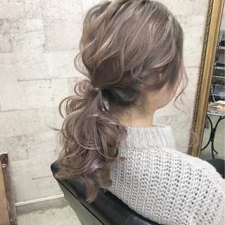 ポニーテール ナチュラル アンニュイほつれヘア ヘアアレンジ ヘアスタイルや髪型の写真・画像