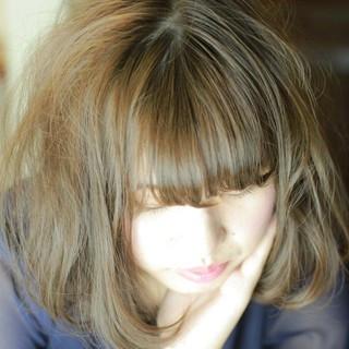色気 ガーリー 大人かわいい 外国人風 ヘアスタイルや髪型の写真・画像