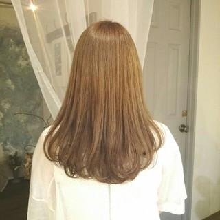 外国人風 グレージュ 秋 大人かわいい ヘアスタイルや髪型の写真・画像