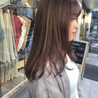 ロング 透明感カラー デート ハイライト ヘアスタイルや髪型の写真・画像