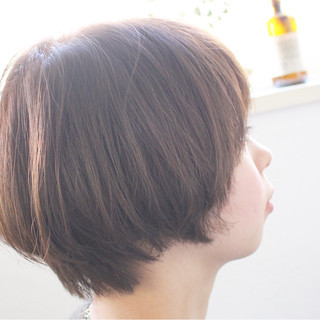 ブルージュ ショート 大人女子 ナチュラル ヘアスタイルや髪型の写真・画像