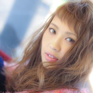 セミロング ゆるふわ 大人かわいい モテ髪 ヘアスタイルや髪型の写真・画像