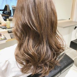 ウルフカット 切りっぱなしボブ ショートボブ ナチュラル ヘアスタイルや髪型の写真・画像