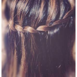 ヘアアレンジ セミロング 大人かわいい ウォーターフォール ヘアスタイルや髪型の写真・画像 ヘアスタイルや髪型の写真・画像