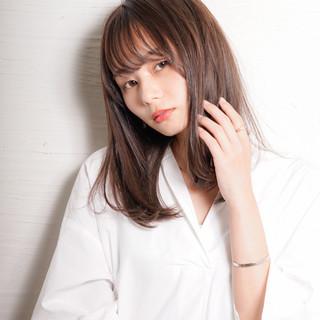 ミディアムヘアー 大人かわいい セミロング ナチュラル ヘアスタイルや髪型の写真・画像