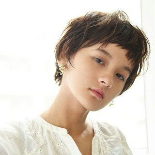 前髪あり ベリーショート ショート 秋 ヘアスタイルや髪型の写真・画像 ヘアスタイルや髪型の写真・画像