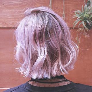 ボブ ハイライト ゆるふわ バレイヤージュ ヘアスタイルや髪型の写真・画像