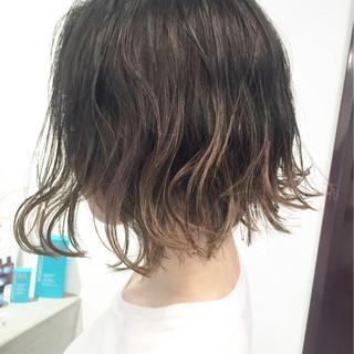 外国人風カラー グレージュ グラデーションカラー ボブ ヘアスタイルや髪型の写真・画像