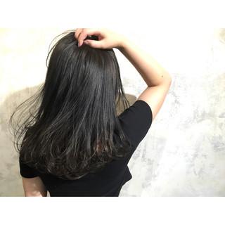 暗髪 アッシュ ストリート 大人かわいい ヘアスタイルや髪型の写真・画像
