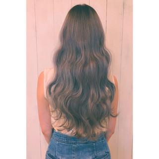 ロング 暗髪 アッシュ ストリート ヘアスタイルや髪型の写真・画像