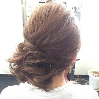 メッシーバン ヘアアレンジ 簡単ヘアアレンジ ミディアム ヘアスタイルや髪型の写真・画像