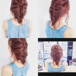 編み込み ミディアム ヘアアレンジ デート ヘアスタイルや髪型の写真・画像