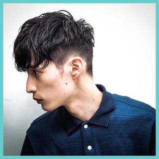 外国人風 ショート ストリート 黒髪 ヘアスタイルや髪型の写真・画像