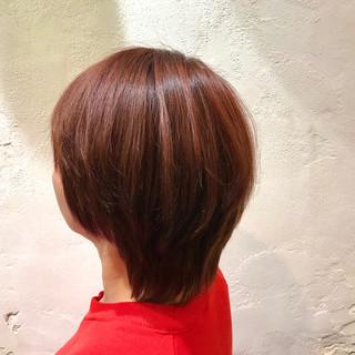 ショート マッシュウルフ マッシュ ピンク ヘアスタイルや髪型の写真・画像