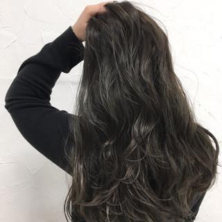 暗髪 ロング 外国人風 ストリート ヘアスタイルや髪型の写真・画像