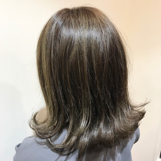 イルミナカラー セミロング ロブ トリートメント ヘアスタイルや髪型の写真・画像