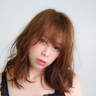 フェミニン 大人かわいい 艶髪 ウェットヘア ヘアスタイルや髪型の写真・画像 ヘアスタイルや髪型の写真・画像