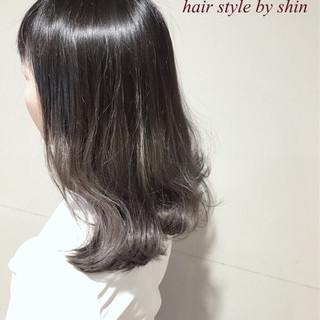 アンニュイ アッシュ デート リラックス ヘアスタイルや髪型の写真・画像