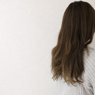 グレージュ 外国人風 アッシュ ナチュラル ヘアスタイルや髪型の写真・画像