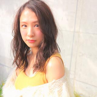グレージュ ヘアアレンジ エレガント 上品 ヘアスタイルや髪型の写真・画像