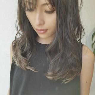 外国人風 リラックス 秋 デート ヘアスタイルや髪型の写真・画像