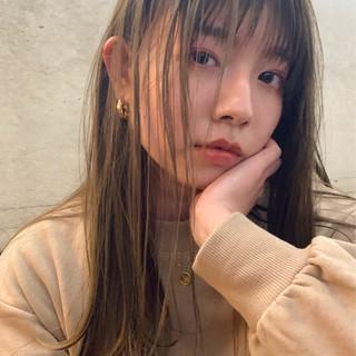 セミロング アンニュイほつれヘア ヘアアレンジ デート ヘアスタイルや髪型の写真・画像