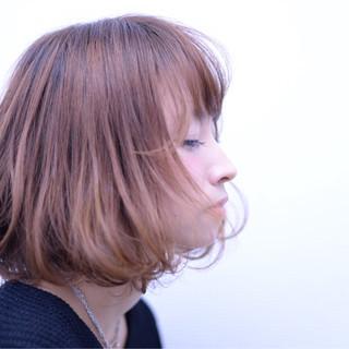 前髪あり ナチュラル フェミニン ボブ ヘアスタイルや髪型の写真・画像