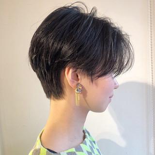 ショート ヘアアレンジ パーマ 黒髪 ヘアスタイルや髪型の写真・画像 ヘアスタイルや髪型の写真・画像