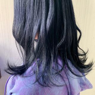 透明感カラー ミディアム アッシュグレージュ 簡単ヘアアレンジ ヘアスタイルや髪型の写真・画像