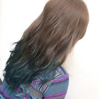 グラデーションカラー 外国人風 暗髪 セミロング ヘアスタイルや髪型の写真・画像